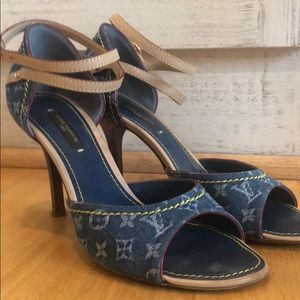 "3dbe45e7ab36 Louis Vuitton. Louis Vuitton 3"" Sandal with ankle strap"